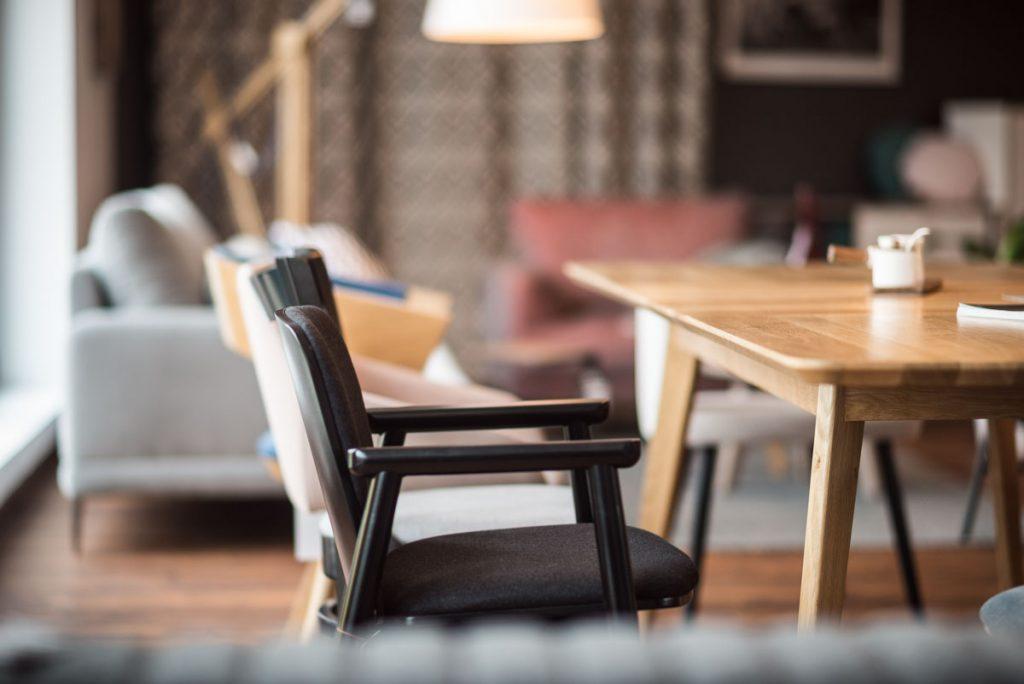 meble do salonu, biura i restauracji