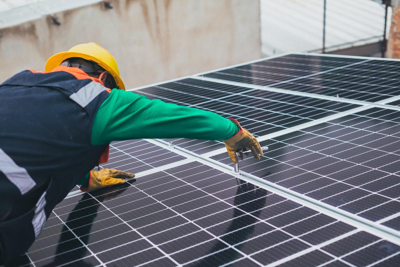 Jakie są zalety paneli słonecznych?